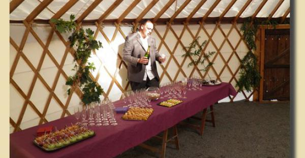 Yourte d'accueil, vin d'honneur, réceptions.